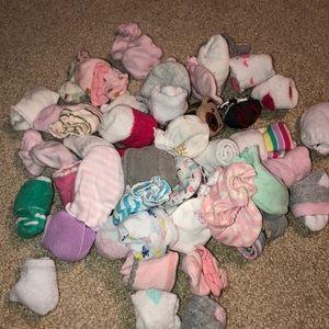 Baby girl - socks & mittens